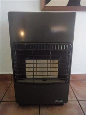 DeLonghi gas heater urgently for sale