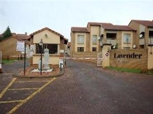 2 Bedroom Townhouse To Let in Lavender Close, Faerie Glen