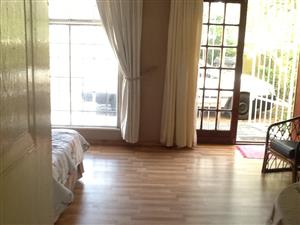 Seperate entrance available for rent in Crawford- Avail immediately
