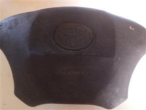Quantum steeringwheel airbag