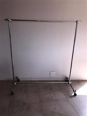 Steel hanging rails
