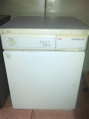 AEG Lavatherm 5200 Tumble Dryer