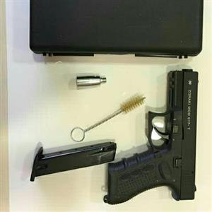 9mm blank firing pistol ( range )