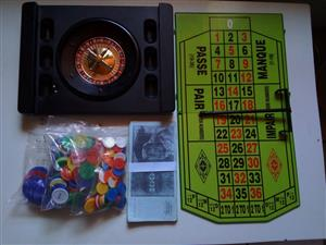 COMPLETE ROULETTE SET WITH POKER CHIPS & PLAY MONEY FOR SALE