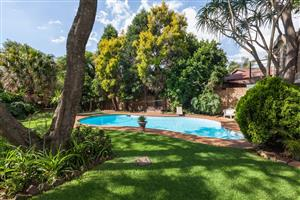 AUGUST SPECIAL!! R499/NIGHT... SLEEPS 2. GREAT DEALS FOR STAYING LONGER