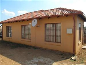 Cosmo City Ext 5 2bedroomed house to rent for R5000