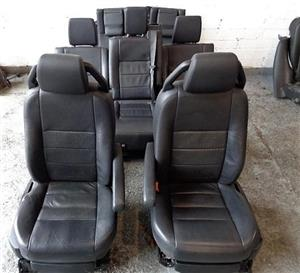 Land Rover Discovery 3 Black Seats for sale | AUTO EZI