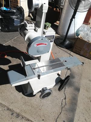 Precision Surface Grinder (Handfeed)