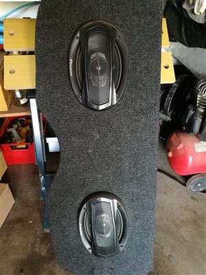 Peugeot 308 back board and speakers