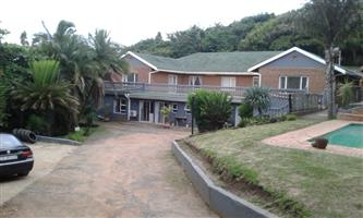 THE HIDE OUT  PARTY HOUSE   UP MARKET 16-25 SLEEPER  DECEMBER DATES AVAILABLE