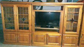 4Piece Oregon pine TV Cabinette with leadglass.
