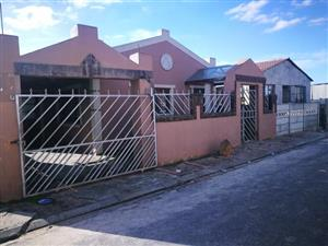 3 bedroom House for sale in Hillview