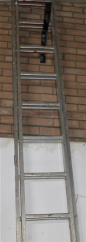 S035747A 6M extendable ladder #Rosettenvillepawnshop