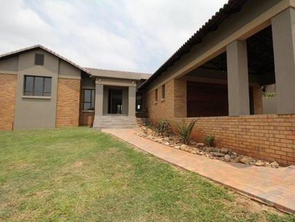 House  For sale in Sonheuwel Ext 1