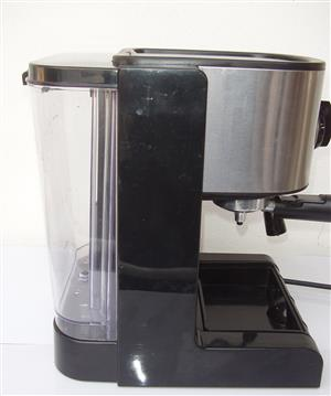 Boardmans Expresso Machine - in excellent condition