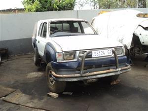 2000 Toyota Hilux double cab HILUX 2.7 VVTi RB SRX P/U D/C