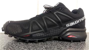 Salomon Black SpeedCross 4