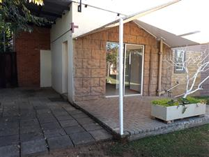 Big one bedroom garden-flat  Bloemfontein Noordhoek