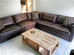 AUGUST/SEPTEMBER/OCTOBER-2BED SELF-CATERING-WINKELSPRUIT-AMANZIMTOTI-24HR SEC-GROUND FLOOR-ON THE BEACH