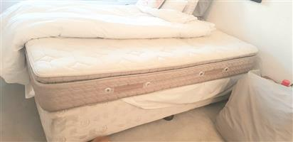 Serta Queen Bed for sale