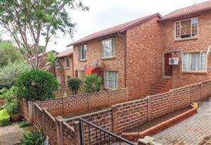 Duplex for Sale in La Montagne - Pta East