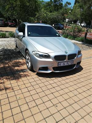 2011 BMW 5 Series 528i Exclusive