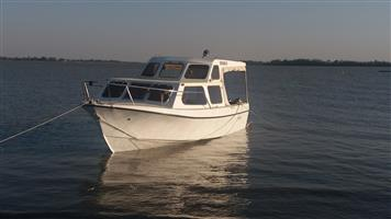 Coronet 23 ' Cabin cruiser for sale Deneysville