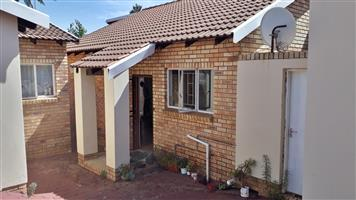 3 Bedroom Townhouse to Rent in Meyerspark