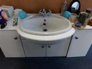 Bathroom 4 door cabinet with basin