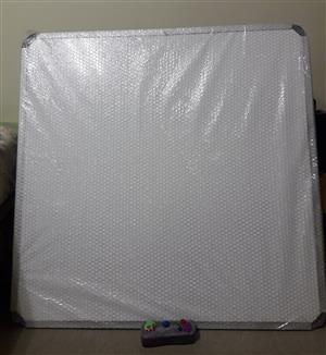 Magnetic Whiteboard 900 x 900mm