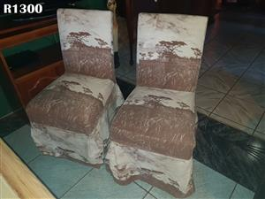 2 Classic Boardmans Chairs (Covers Removable)
