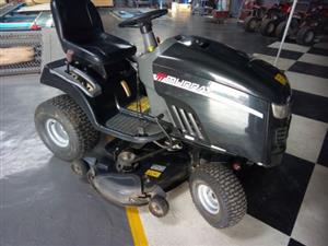 Ride on lawnmower as new