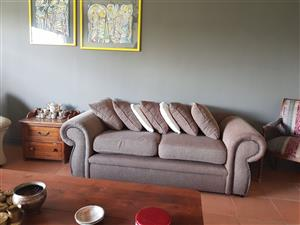 2 seater couch immaculate condition