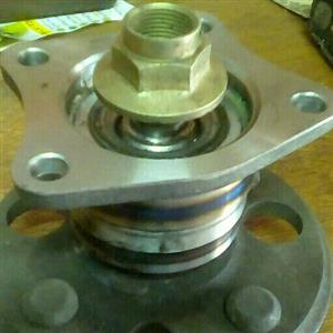 Toyota collora or tazz model 1990 to 2002 rear Wheel bearing wit hub