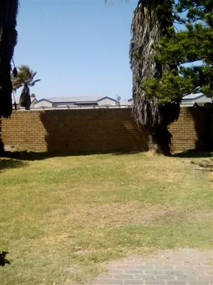 Large semi furnished room for rent in Muizenberg