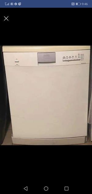Defy eco dishwasher in white