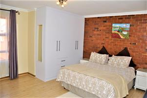 Fully Furnished Bachelor Loft (1-Bedroom) Apartment To Let in Carlswald Midrand