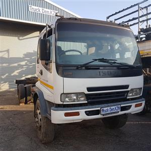 2009 ISUZU FTR 800 STRIPPING FOR SPARES
