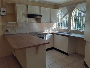 1 bedroom accomodation Wilgeheuwel close to Clearwater mall