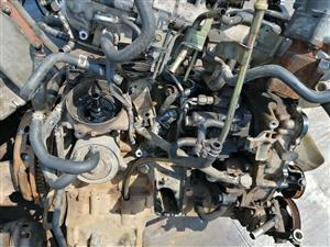 Stripping Nissan yd 25 engine for spares