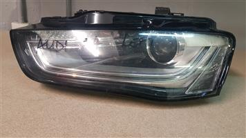 AUDI A4 B8 LEFT HEADLIGHT FOR SALE