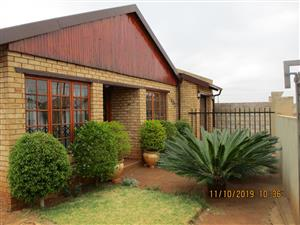 House for Sale Protea Glen