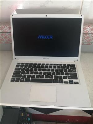 Mecer Xpression 14 Z140C