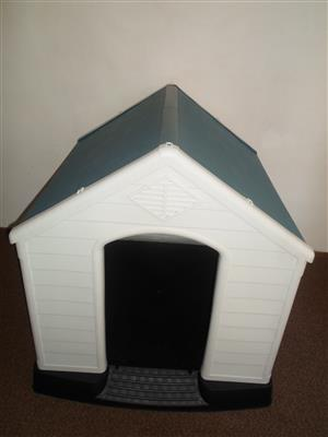 Wiggle - Columbian Dog House For Sale As New