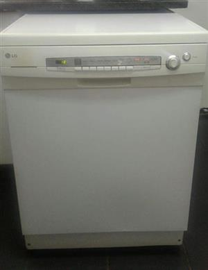 LG dishwasher white