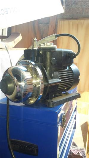 WALRUS PRESSURE PUMPS HOT AND COLD WATER R1500 EACH