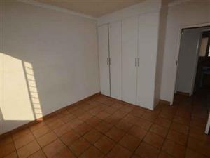Mondeor 2 bedroom apartment to rent
