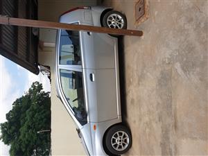 2004 Daihatsu Charade XLE