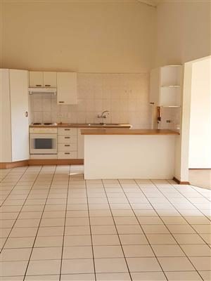 Parkhurst near Zoo Lake massive 2bedroomed flat to rent for R7000