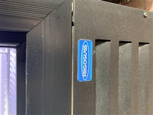 Double door fridge/ chiller